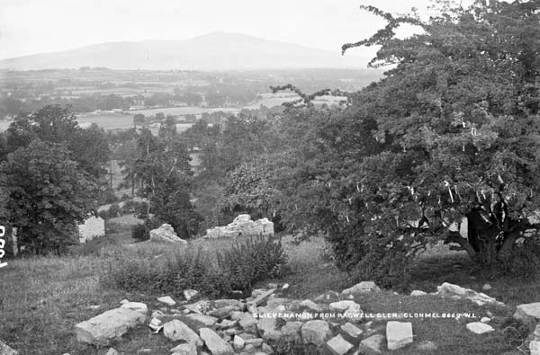 French, R., & Lawrence, W. (. M.. (18651914). Slievenamon from Roguell Glen, Clonmel, Co. Tipperary. http://catalogue.nli.ie/Record/vtls000331355