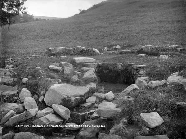 French, R., & Lawrence, W. (. M.. (18651914). Holy Well, Ragwell Glen, Clonmel, Co. Tipperary. http://catalogue.nli.ie/Record/vtls000319095
