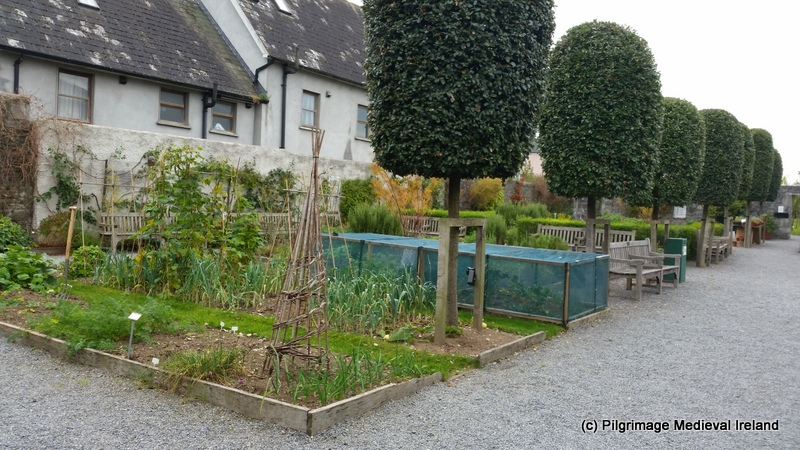 A visit to rothe house and garden kilkenny city for Garden design kilkenny