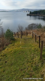Path leading to the lakes edge